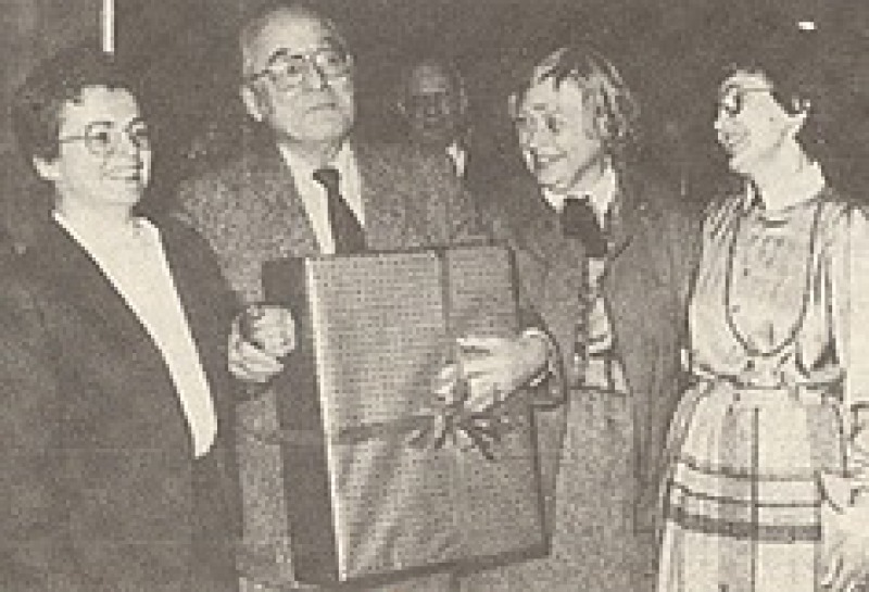 Das 1000. Mitglied, Herr Heinz Richter, mit dem Trio der Vorstandsfrauen